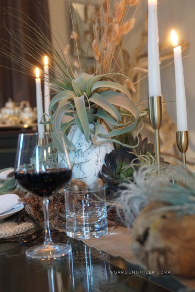How to create a stunning tablescape as a designer 5.  Add textures to create contrast on a tablescape